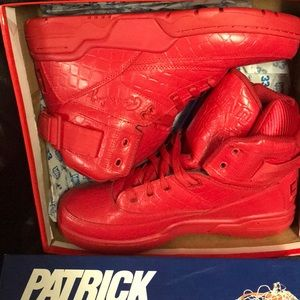 Patrick Ewing 33 HI crocodile red size 11.5